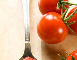 Przecier pomidorowy czy pomidory w puszce – co wybrać?