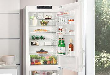 Naklejka na lodówkę – kuchnia w nowoczesnym stylu